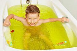 Хвойные ванны для грудничков: как делать, польза и противопоказания
