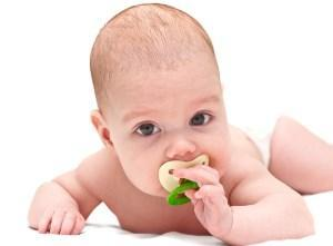 Мирамистин в горло грудничку: как применять и когда можно